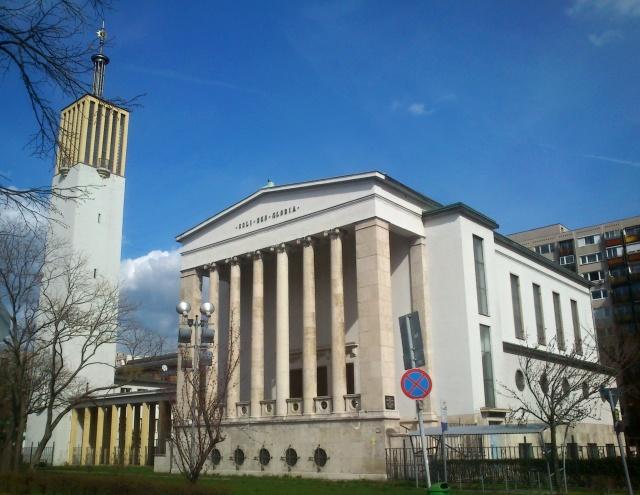 pozsonyi_ut_church