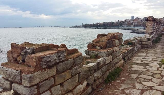harbour_of_eleutherios (3)