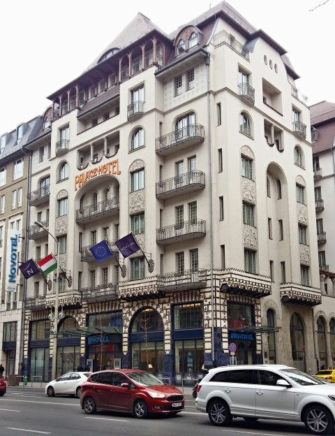hotel_palace