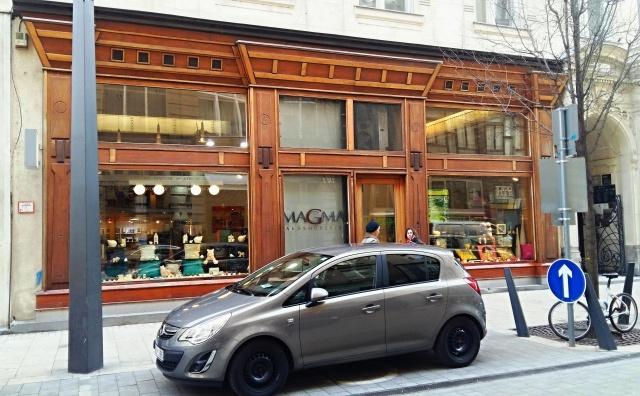kovacs_apartment_building