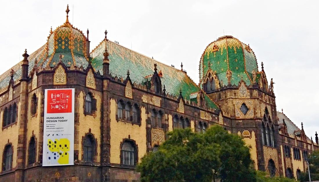 Budapest Secession Grande Flanerie