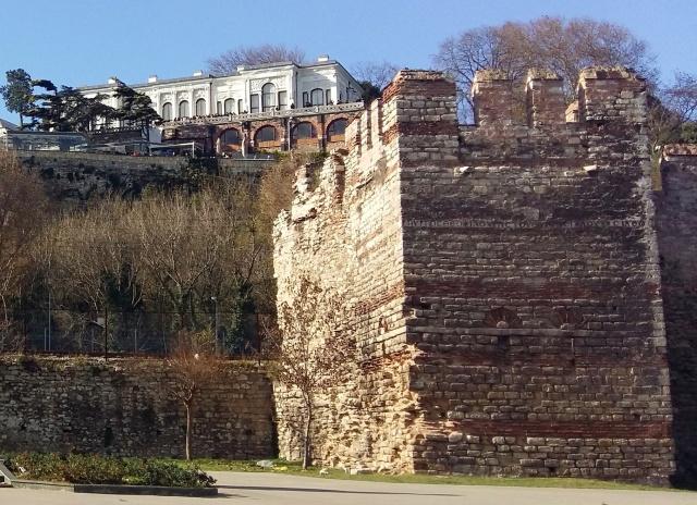 sea_walls (2)