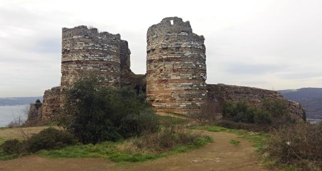 yoros_castle (3)