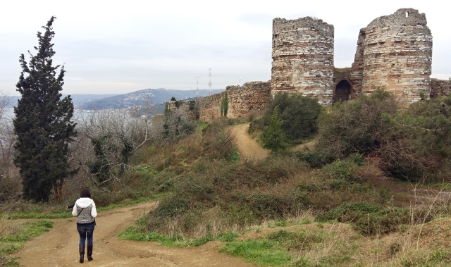 yoros_castle