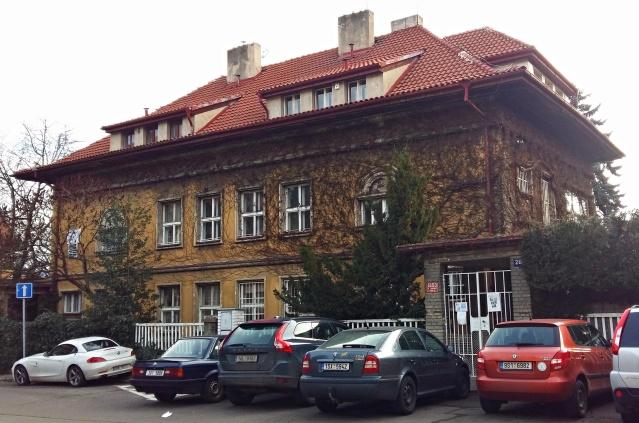 capek villa 1