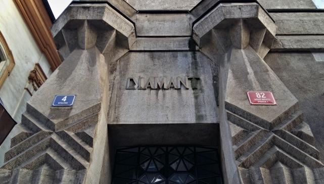 diamond house 4