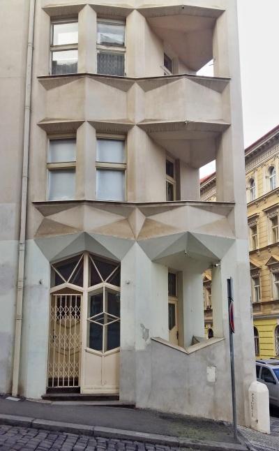 hodek apartment house 4