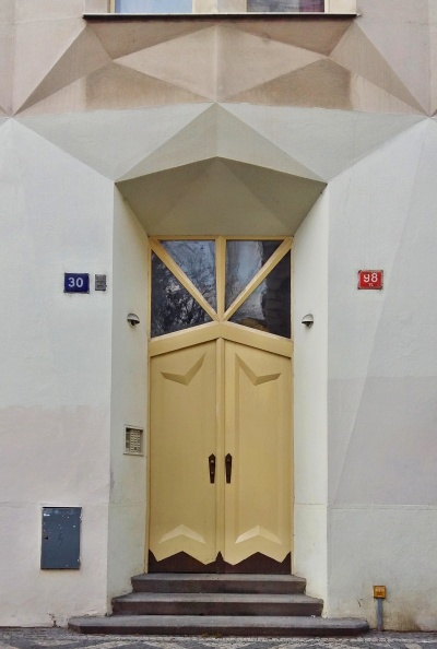 hodek apartment house 6
