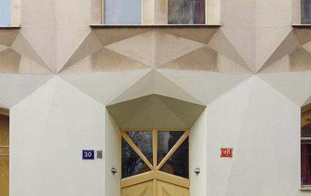 hodek apartment house 7