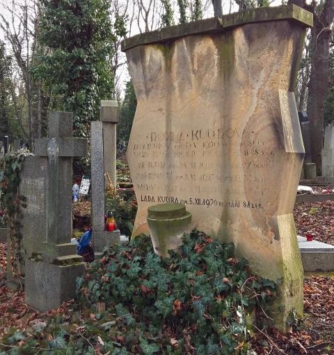 kucera grave olsany cemetery